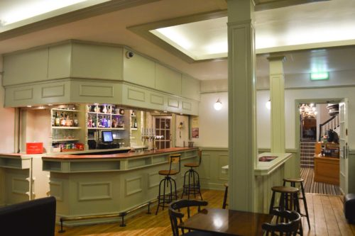 Hotel Bar in central Southampton Hotel