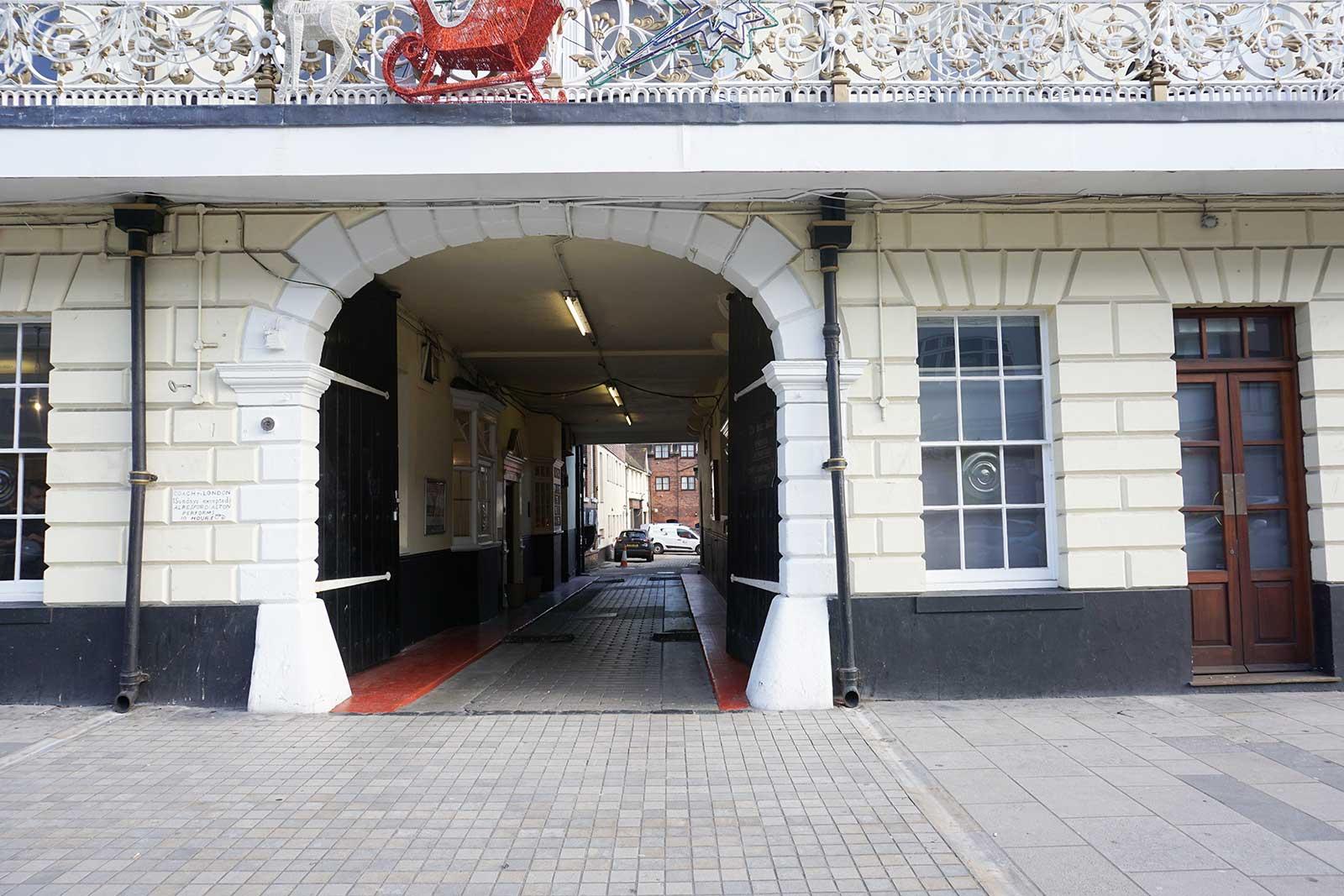 Hotel Southampton Parking
